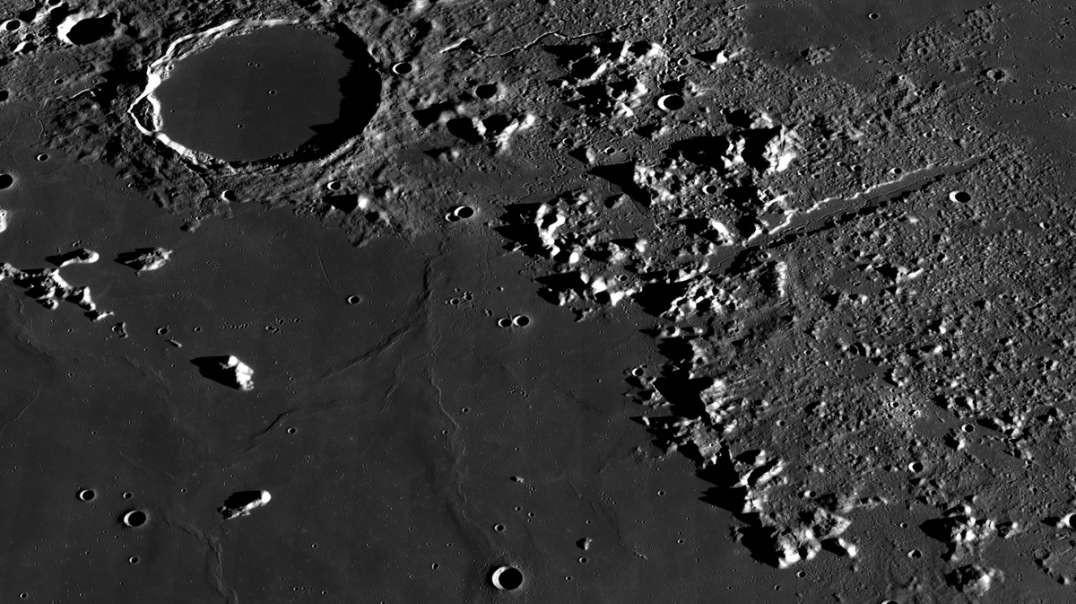 Луна в телескопе (короткая версия)